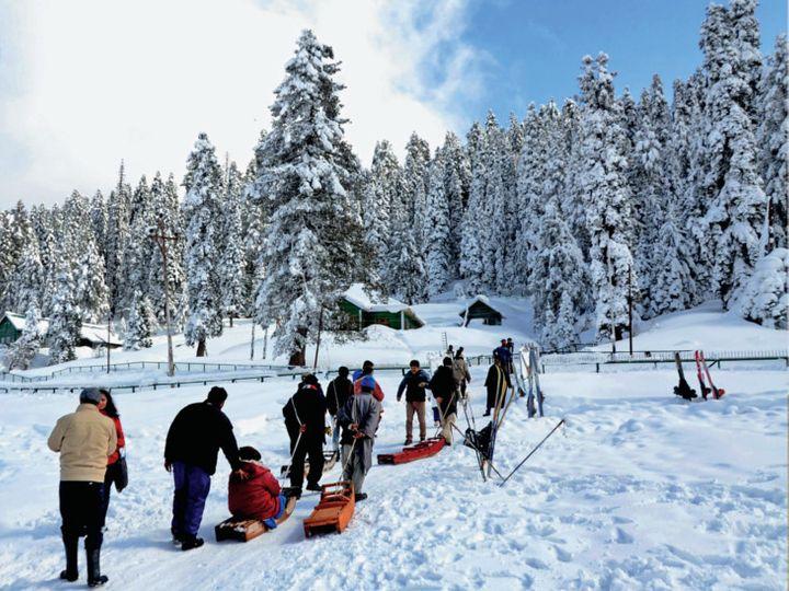 કાશ્મીરમાં 2 ફૂટ બરફ, આબુમાં 1 ડિગ્રી તાપમાન, દિલ્હીમાં 14 વર્ષમાં નવેમ્બરની સૌથી ઠંડી સવાર, તાપમાન ગગડીને 7.5 ડિગ્રી સેલ્સિયસ થયું ઈન્ડિયા,National - Divya Bhaskar