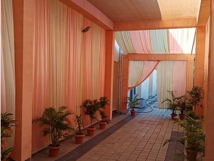 ભાવનગર જિલ્લામાં ચાલુ સિઝનમાં 2500 લગ્ન, સરકારના નવા નિયમોથી આયોજકો દુવિધામાં, કહ્યું રાત્રિ કર્ફ્યૂ લાગે તો ઓર્ડરો કેન્સલ થવાની ભીતિ|ભાવનગર,Bhavnagar - Divya Bhaskar