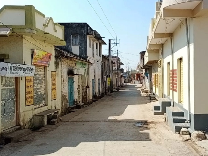 સુલતાનપુરમાં આંશિક લોકડાઉન, બપોર બાદ દુકાનો સદંતર બંધ|ગોંડલ,Gondal - Divya Bhaskar