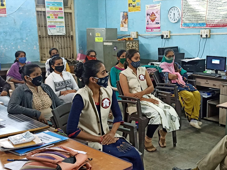 મહિલાઓની સુરક્ષા હવે મોબાઈલમાં, 181 અભયમ મહિલા હેલ્પલાઇન એપ લોન્ચ કરાઇ|જામનગર,Jamnagar - Divya Bhaskar