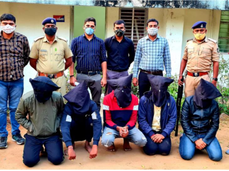 સરગાસણ અપના અડ્ડા પાસે થયેલી રાંદેસણના યુવકની હત્યાના કેસમાં પોલીસે 6 આરોપીને ઝડપી પાડ્યા હતા. - Divya Bhaskar