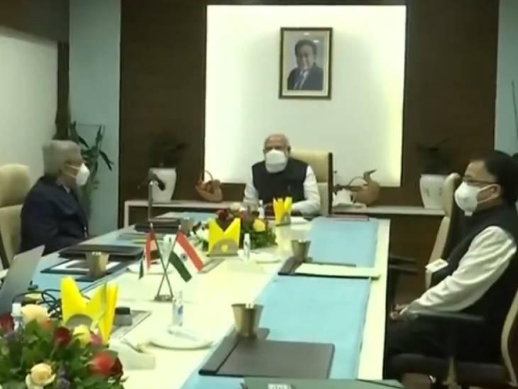 ઝાયડસ બાયોટેકમાં PM મોદીની કંપનીના ચેરમેન પંકજ પટેલ તથા વૈજ્ઞાનિકો સાથે બેઠક