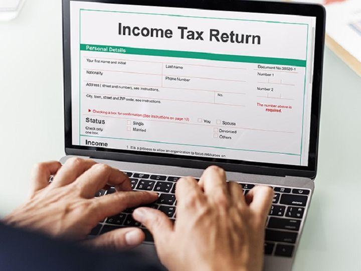 ઈન્કમ ટેક્સ રીટર્ન ફાઇલ કરતા પહેલા યોગ્ય ITR ફોર્મ પસંદ કરવું જરૂરી છે, નહીં તો આવકવેરા વિભાગ નોટિસ ફટકારી શકે છે|યુટિલિટી,Utility - Divya Bhaskar