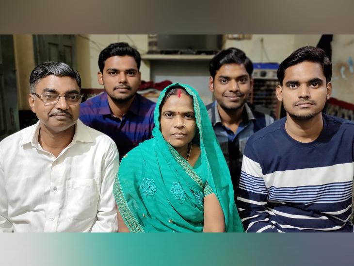 શશીકલાના પતિ કૈલાશનાથ ચૌરસિયાની જૌનપુરમાં મીઠાઈની નાની દુકાન છે. હવે તેઓ પોતાના ત્રણેય પુત્રોની સાથે બનારસ શિફ્ટ થઈ ગયા છે.