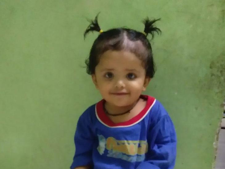 સુરતની કિરણ હોસ્પિટલે જીવિત બાળકીને મૃત જાહેર કરી ડિસ્ચાર્જ કરી દીધી, અડધા કલાકમાં જ મોત|સુરત,Surat - Divya Bhaskar