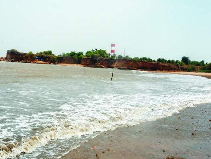 ઉદ્યોગોનાં અભાવે તળાજાનાં વિકાસ માટે પર્યટન ઉદ્યોગ શ્રેષ્ઠ|તળાજા,Talaja - Divya Bhaskar