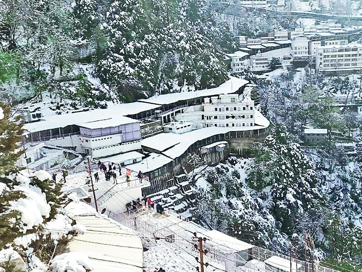 કોરોનાકાળમાં પહેલીવાર એક દિવસમાં 13 હજાર શ્રદ્ધાળુ પહોંચ્યા ઈન્ડિયા,National - Divya Bhaskar