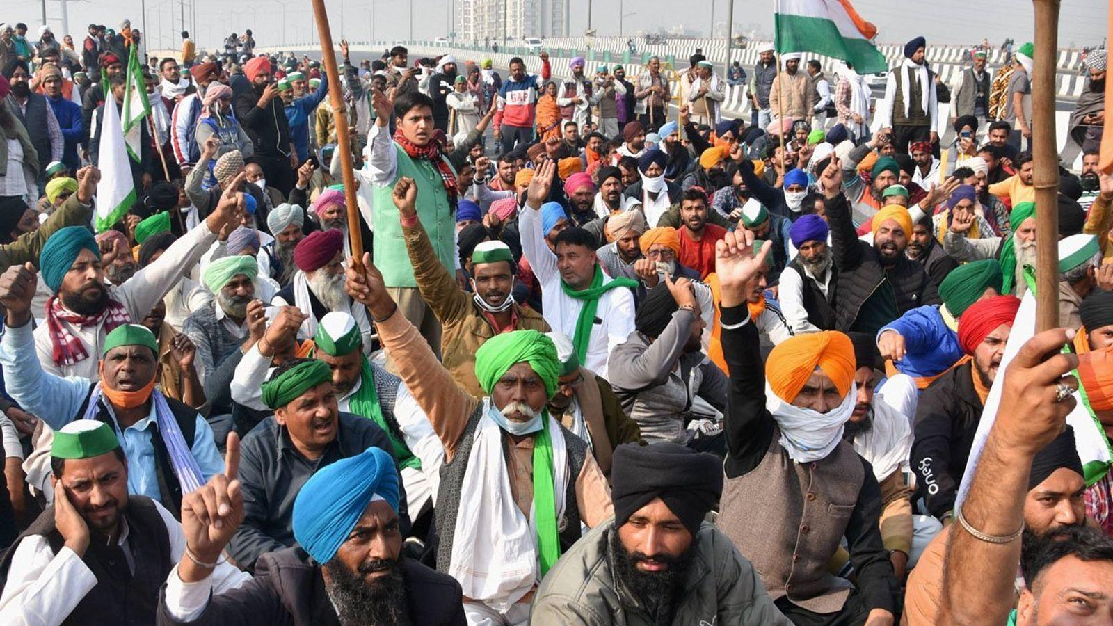 ખેડૂતો કૃષિ કાયદો રદ કરવા માટે 26 નવેમ્બરથી સીમા પર વિરોધપ્રદર્શન કરી રહ્યા છે.