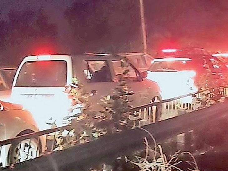 ગોલ્ડન બ્રિજ અને ગડખોલ પાટિયા પાસે ચક્કાજામ, બંને સ્થળે વાહનોની કતારો અંકલેશ્વર,Ankleshwar - Divya Bhaskar