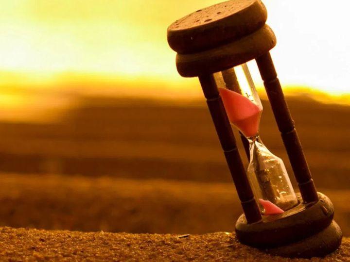 સમય અને ધૈર્ય અનમોલ છે, તેની કિંમત જાણનારા લોકોને દરેક કામમાં સફળતા મળે છે|ધર્મ દર્શન,Dharm Darshan - Divya Bhaskar