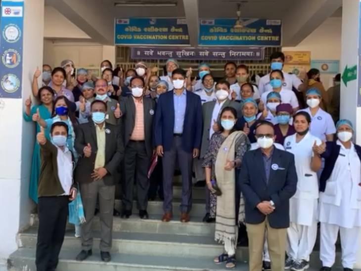અમદાવાદમાં આજે બી.જે. મેડિકલ કોલેજના એક હજાર વિદ્યાર્થીઓને કોરોનાની રસી અપાશે, અત્યાર સુધીમાં સિવિલના 3,500થી વધુ કર્મીઓએ વેક્સિન લીધી|અમદાવાદ,Ahmedabad - Divya Bhaskar