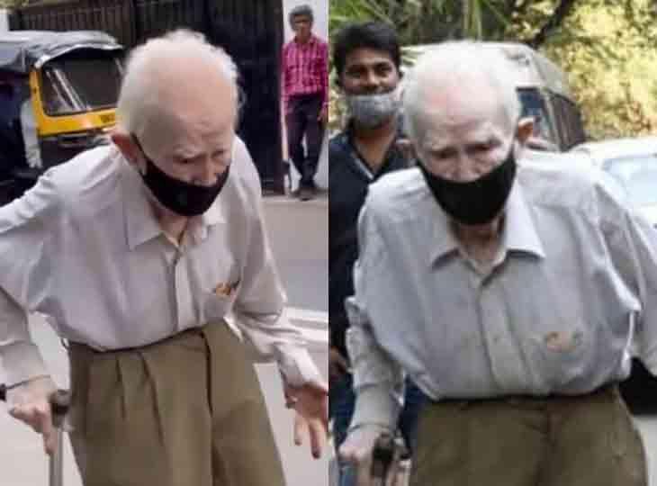 આર કે સ્ટૂડિયોના 94 વર્ષીય મેનેજર (તેઓ દુઃખી સ્વરે કહેતા હતા કે પહેલા રાજ કપૂર અને પછી રિશી ને હવે આ...)
