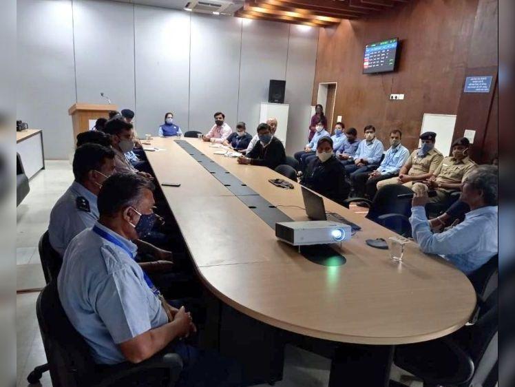 એરપોર્ટ પર બર્ડહિટ માટે જિંગાતળાવ-ડમ્પિંગ સાઇટ જવાબદાર: વૈજ્ઞાનિકો|સુરત,Surat - Divya Bhaskar
