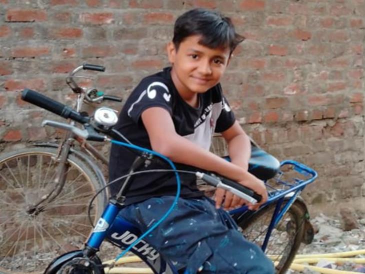 સુરતના સચિનમાં નવનિર્મિત ઘરમાં પોતાના રૂમનું બાંધકામ જોવા ગયેલા 12 વર્ષીય માસૂમનું કરંટ લાગતાં મોત, એકના એક દીકરાના મોતથી પરિવારમાં માતમ|સુરત,Surat - Divya Bhaskar
