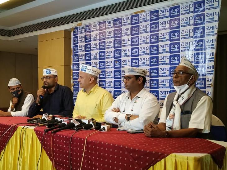 રિન્કુ શર્મા હત્યા કેસમાં દિલ્હીના મુખ્યમંત્રી કેમ મળવા ન ગયા તે અંગે મનીષ સિસોદિયાએ મૌન સેવ્યું હતું.