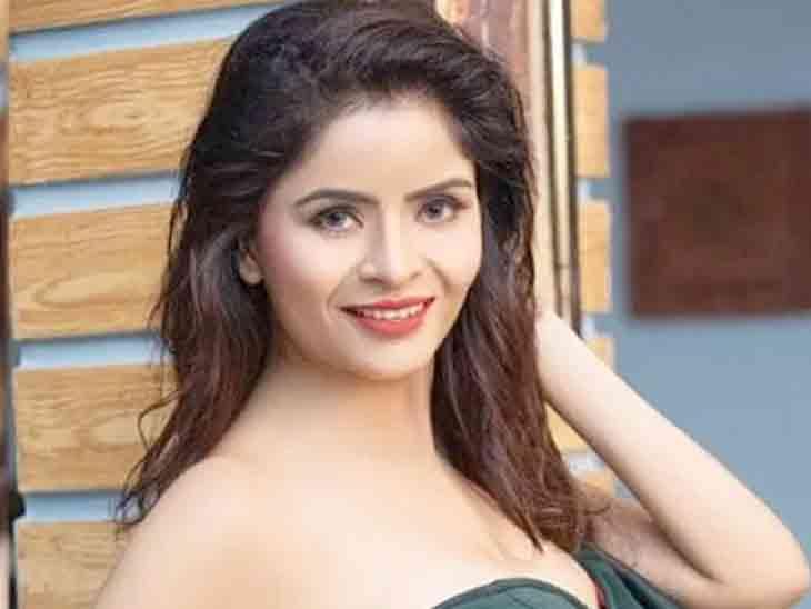 24 વર્ષીય મોડલે પોર્ન વીડિયોમાં પકડાયેલી ગેહના વશિષ્ઠ પર ગેંગરેપનો આક્ષેપ મૂક્યો, કહ્યું- મને મજબૂર કરવામાં આવી હતી|બોલિવૂડ,Bollywood - Divya Bhaskar