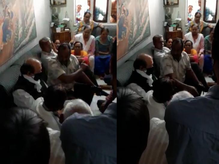 સુરતમાં કાર્યકરોએ જ ભાજપના ધારાસભ્ય પૂર્ણેશ મોદીનો ઉધડો લેતા વીડિયો વાઇરલ, કહ્યું-કાર્યકર તરીકે અમારે ઘરે ઘરે સ્લીપ જ પહોંચાડવાની સુરત,Surat - Divya Bhaskar