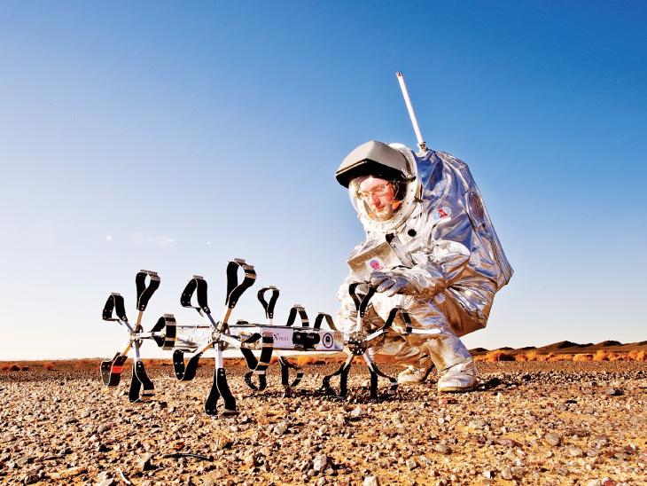 મૂન રોબોટ 'પૂલી રોવર'નું અંતરિયાળ વિસ્તારોમાં સફળતાપૂર્વક ટેસ્ટિંગ.