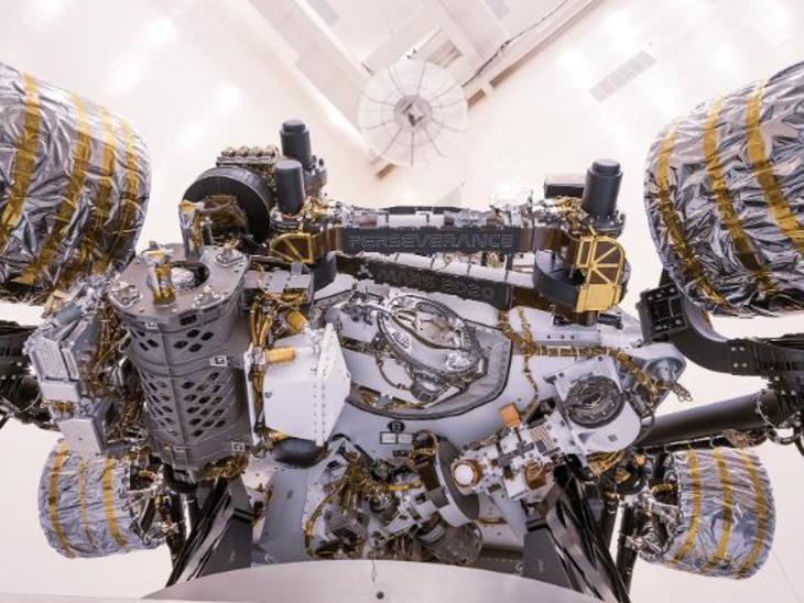 એપ્રિલ 2020માં ઈન્જિન્યુટી કોપ્ટરનું ફક્શનલ ટેસ્ટિંગ કેનેડી સ્પેસ સેન્ટરમાં કરવામાં આવ્યું હતું.