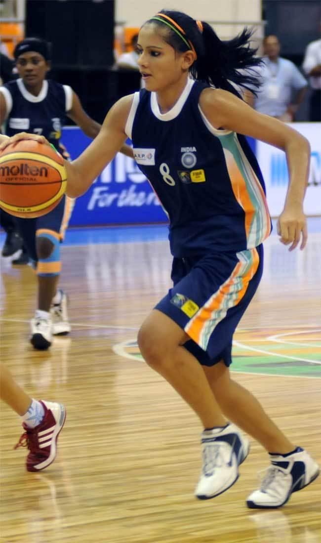 પ્રતિમાએ 2003થી 13 વર્ષની ઉંમરમાં જ બાસ્કેટબોલ રમવાનું શરૂ કર્યું હતું. 2006માં તે ભારતીય જૂનિયર મહિલા બાસ્કેટબોલની ટીમમાં આવી ગઈ હતી અને 2008માં તે આ ટીમની કેપ્ટન બની હતી