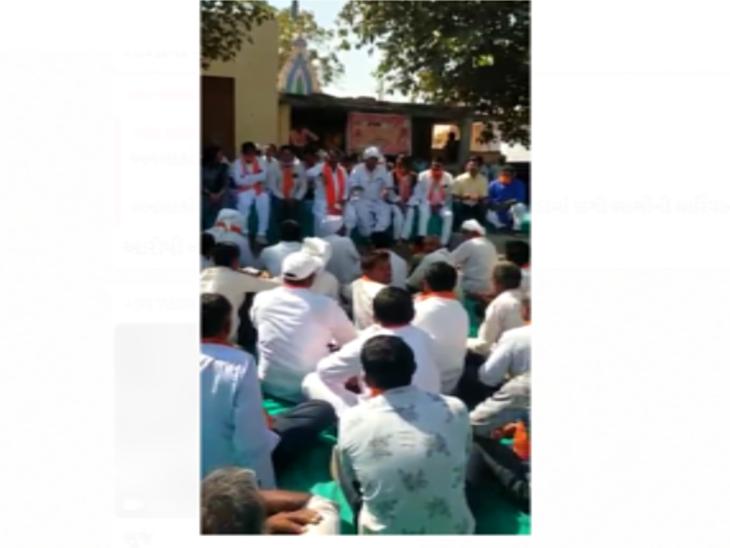 ભુજના વરલી ગામમાં સભા માટે ગયેલા મંત્રી વાસણ આહીરને એક યુવકે પૂછ્યું, 'તમે જીતશો તો ગામમાં શું કરશો?' ભુજ,Bhuj - Divya Bhaskar