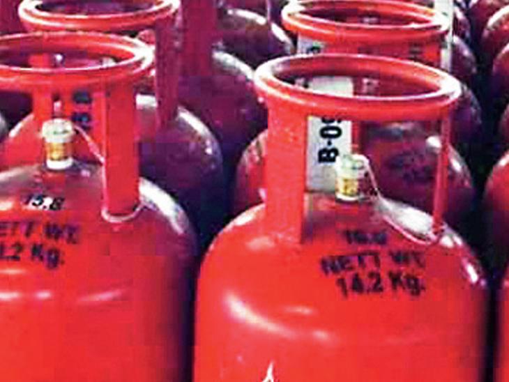 ભાવ વધારો અને 10 માસથી સબસિડી ન મળવાથી ગેસ સિલિન્ડર રૂ.191 મોંઘું|બારડોલી,Bardoli - Divya Bhaskar
