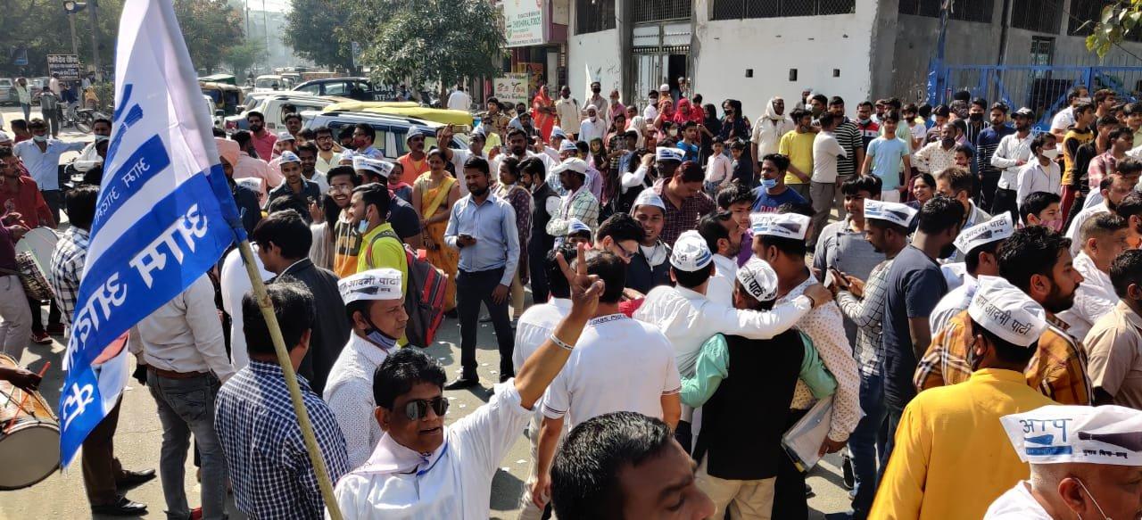 દિલ્હીમાં 5 વોર્ડની પેટાચૂંટણીના પરિણામમાં 4 વોર્ડમાં AAPના ઉમેદવારો વિજેતા થયા છે.