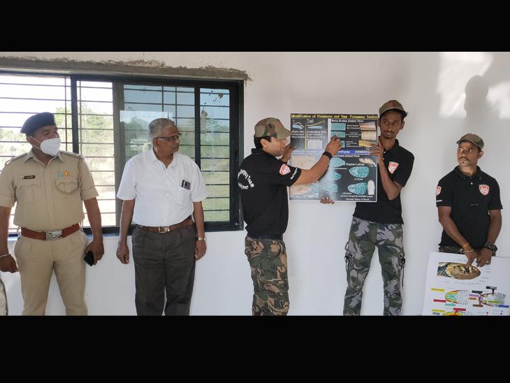 માલનપાડા સર્પ સંશોધન સંસ્થાનમાં 62 સર્પ બચાવકારોએે તાલીમ લીધી ધરમપુર,Dharampur - Divya Bhaskar