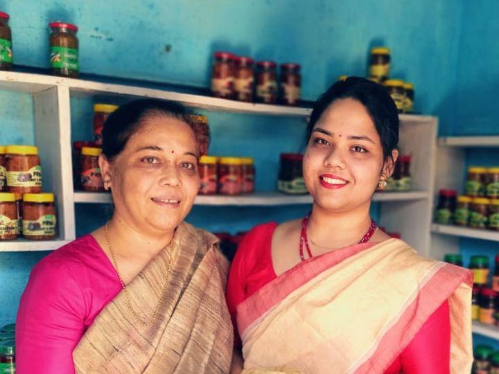 પતિના મોત પછી અથાણાં અને સ્નેક્સ વેચીને ચલાવતા હતા ગુજરાન; પછી તેમનો જ બિઝનેસ શરૂ કર્યો, હવે 5 લાખ છે વાર્ષિક ટર્નઓવર|ઓરિજિનલ,DvB Original - Divya Bhaskar