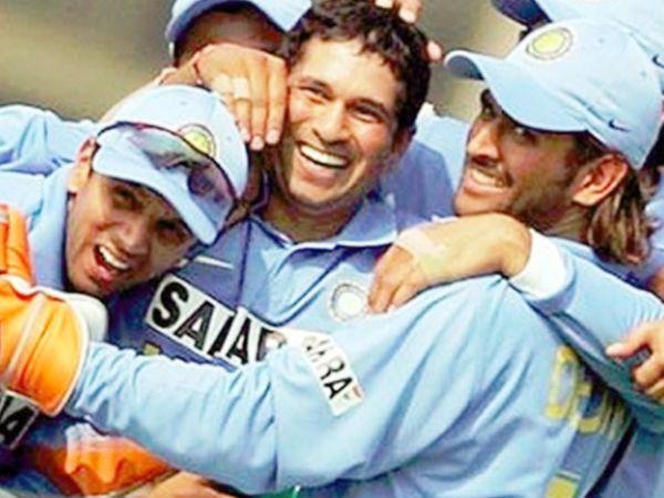 દ્રવિડ-સચિને 2007માં કપ્તાન બનાવવાનો ઈનકાર કર્યો હતો, પછી સચિનના કહેવા પર જ ધોનીને કપ્તાની સોંપવામાં આવી હતી|ક્રિકેટ,Cricket - Divya Bhaskar