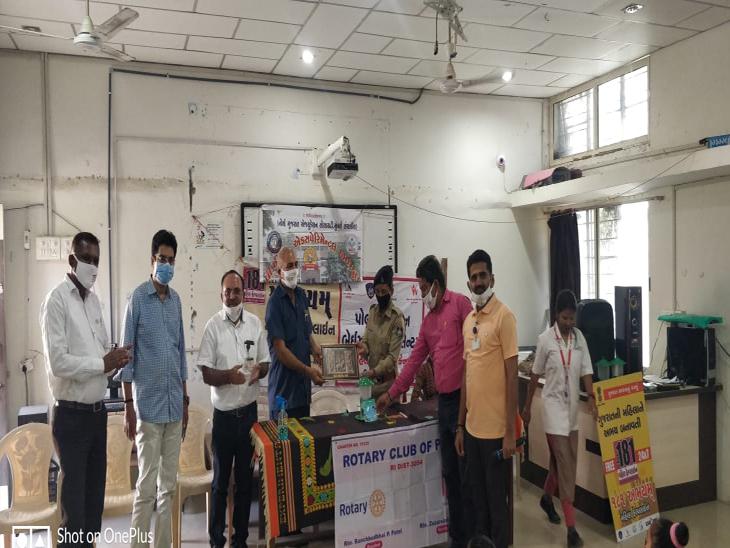 પાટણમાં રોટરી ક્લબ અને એક્ષ્પેરિમેન્ટલ સ્કુલ દ્વારા મહિલા દિવસની ઊજવણી કરાઇ પાટણ,Patan - Divya Bhaskar