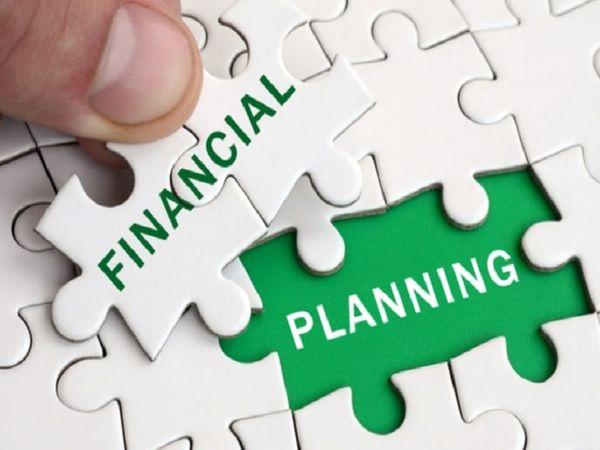નાણાકીય સંકટનો સામનો કરવા માટે ખર્ચાઓનું બજેટ તૈયાર કરો અને વધારે વ્યાજે લોન લેવાનું ટાળવું યુટિલિટી,Utility - Divya Bhaskar