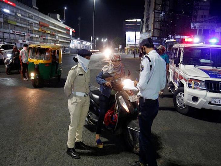 રાજ્યમાં આવતીકાલથી 31 માર્ચ સુધી રાતના 10થી સવારે 6 વાગ્યા સુધી રાત્રિ કર્ફ્યૂ, 10 વાગ્યા બાદ ચારેય શહેરમાં ST પણ નહીં પ્રવેશે|અમદાવાદ,Ahmedabad - Divya Bhaskar