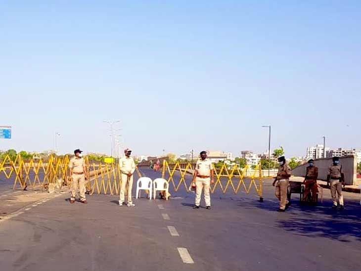 અમદાવાદમાં કોરોના વકરતા પોલીસ લોકડાઉનની જેમ કડકાઈ વર્તશે, કર્ફ્યૂ અને માસ્કના નિયમોનું કડક પાલન કરાવશે|અમદાવાદ,Ahmedabad - Divya Bhaskar