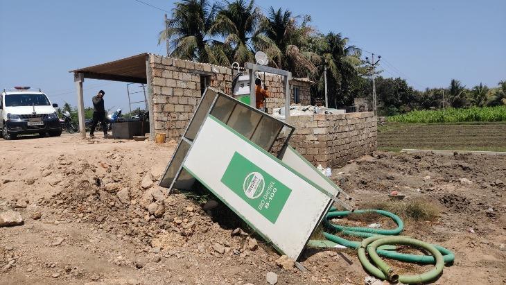 વેરાવળ નજીક બાયોડીઝલના ગેરકાયદે વેચાણનો પર્દાફાશ, CID ક્રાઈમની ટીમે 6 લાખ 50 હજારનો મુદ્દામાલ જપ્ત કર્યો જુનાગઢ,Junagadh - Divya Bhaskar