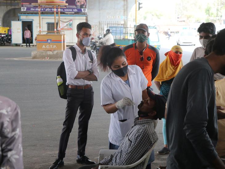 અમદાવાદમાં કોરોનાના કેસ 1 મહિનામાં 7 ગણા અને છેલ્લા 10 દિવસમાં 3 ગણા વધી ગયા, પાલડીમાં 52 લોકો પોઝિટિવ|અમદાવાદ,Ahmedabad - Divya Bhaskar