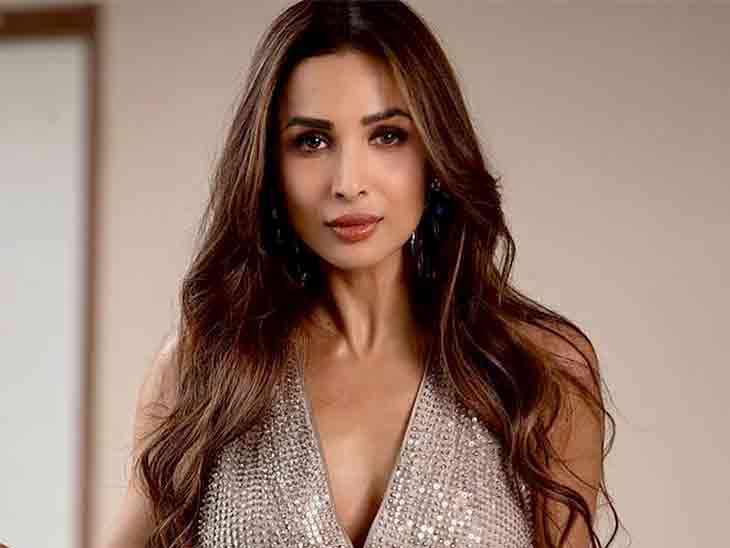 મલાઈકા અરોરા રેસ્ટોરાંના બાથરૂમમાંથી બહાર આવતા સમયે પેન્ટ ઉપર ચઢાવવાનું ભૂલી ગઈ હતી|બોલિવૂડ,Bollywood - Divya Bhaskar