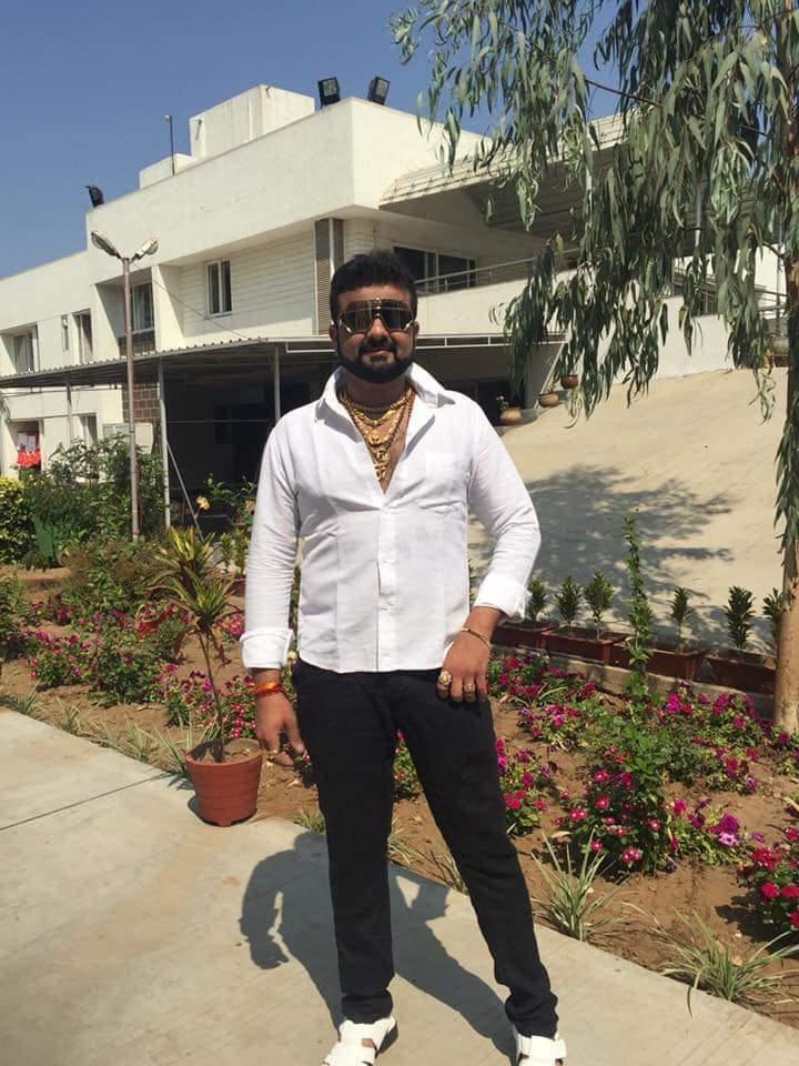 મિત્ર નિકુંજે ડ્રગ્સ માટે કાર ગીરવે મૂકતા થયેલા ઝઘડામાં મર્ડર થયું|સુરત,Surat - Divya Bhaskar