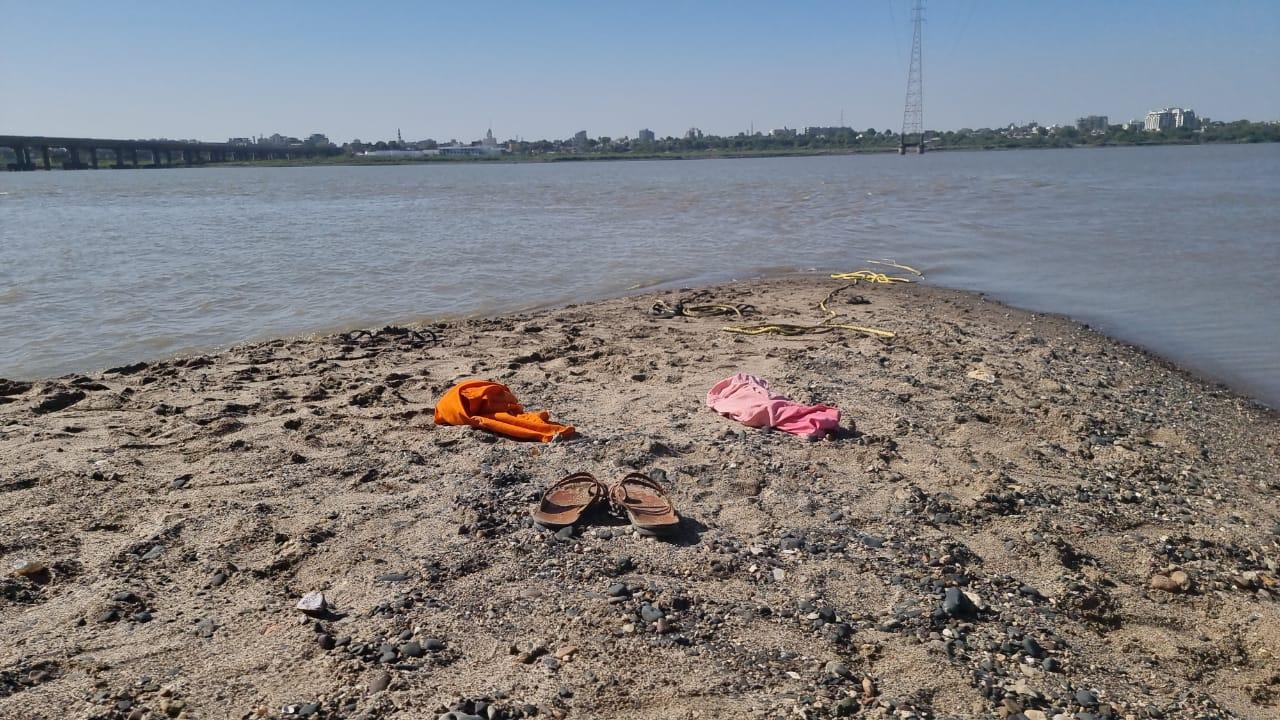 ભરૂચ નજીક નર્મદા નદીમાં નહાવા પડેલા કાસિયા ગામના ત્રણ યુવાનો ડૂબ્યાં, એકને બચાવી લેવાયો|ભરૂચ,Bharuch - Divya Bhaskar