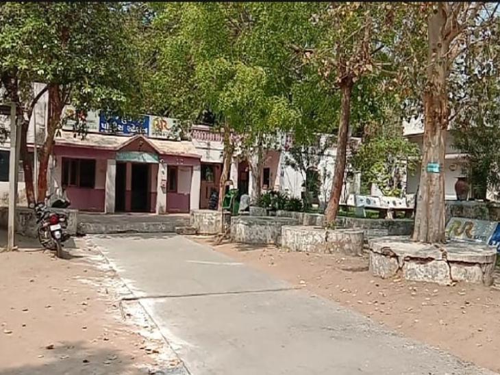 ખેડાના મહુધામાં યુવાને દારૂ પીને પોતાના ઘરે ધમાલ મચાવતાં તેના પિતાએ પોલીસના દ્વાર ખખડાવ્યા નડિયાદ,Nadiad - Divya Bhaskar