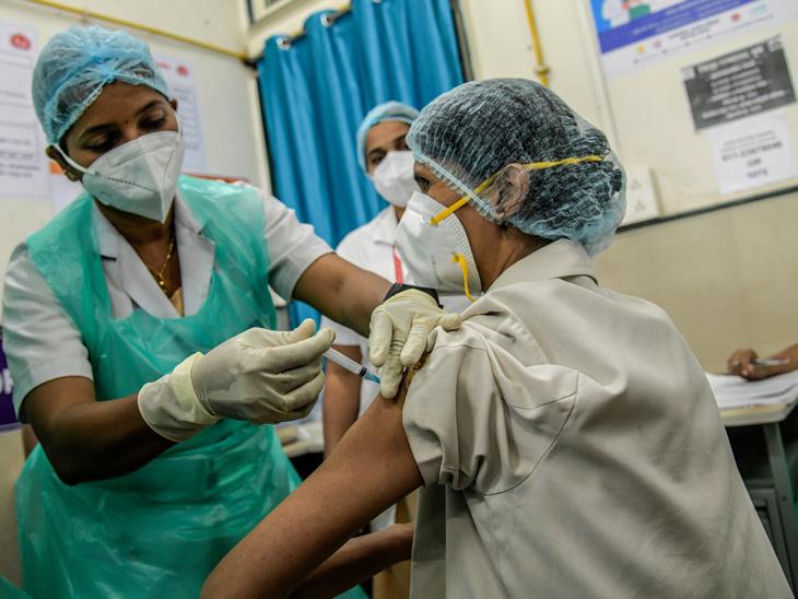 5 દિવસના વેક્સિન ડોઝ બચ્યા છે ભારતમાં; જાણો કઈ રીતે દૂર થઈ શકે છે વેક્સિનનું સંકટ એક્સપ્લેનર,Explainer - Divya Bhaskar