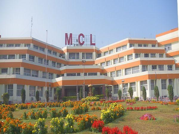 MCLએ મેડિકલ ઓફિસરની પોસ્ટ્સ પર ભરતી માટે અરજીઓ માગી, ઓનલાઇન અપ્લાય કરવાની લાસ્ટ ડેટ 30 એપ્રિલ|યુટિલિટી,Utility - Divya Bhaskar