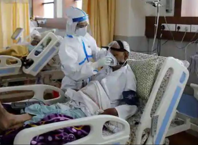 હવે કોરોનાના ગરીબ દર્દી પણ આયુષ્માન અને માં કાર્ડ દ્વારા પ્રાઈવેટ હોસ્પિટલમાં ફ્રી સારવાર કરાવી શકશે|ગાંધીનગર,Gandhinagar - Divya Bhaskar