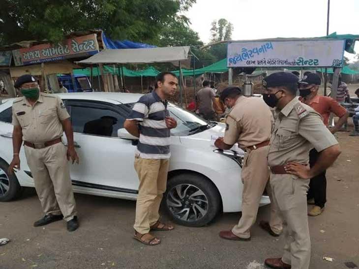 પોલીસ વાહનચાલકો પાસે માસ્ક સિવાયના દંડ નહીં વસૂલે, હાલ ટ્રાફિક નિયમોના ભંગનો દંડ ન લેવા CMનો આદેશ|અમદાવાદ,Ahmedabad - Divya Bhaskar