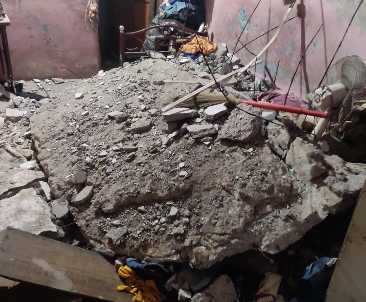 સુરતના ઉધનામાં નિદ્રાધીન પરિવાર પર મકાનનો સ્લેબ પડ્યો, બે બાળકોનાં મોત, જ્યારે માતા-પિતાનો ચમત્કારિક રીતે બચાવ|સુરત,Surat - Divya Bhaskar