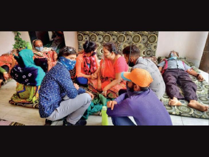 જેતપુરના ખેડૂતે પોતાના ઘરને હોસ્પિટલ બનાવી, 16 દર્દીને ઓક્સિજન આપ્યો, 65 દર્દીને સાજા કર્યા|રાજકોટ,Rajkot - Divya Bhaskar
