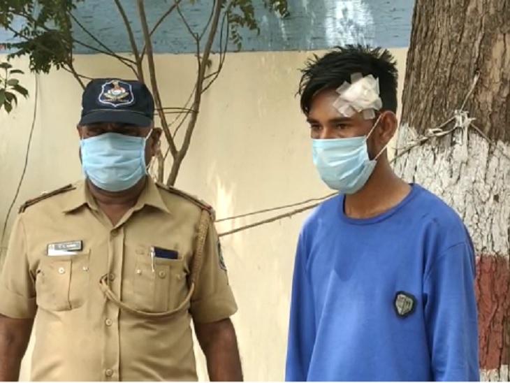 અમદાવાદમાં પિતાએ પૈસા બાબતે ઠપકો આપ્યો તો કપાતર દીકરાએ ઊંઘમાં જ શર્ટની બાંયથી ગળે ટૂંપો આપીને હત્યા કરી નાખી|અમદાવાદ,Ahmedabad - Divya Bhaskar