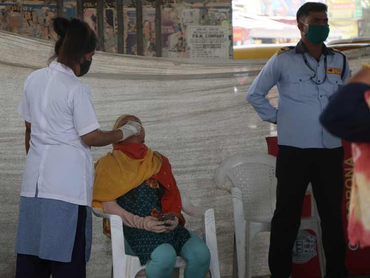 શહેર અને જિલ્લામાં સતત આઠમા દિવસે 5 હજારથી વધુ કેસ, છેલ્લા 24 કલાકમાં 5,439 નવા કેસ અને 2,968 દર્દી સાજા થયા, 23ના મોત|અમદાવાદ,Ahmedabad - Divya Bhaskar