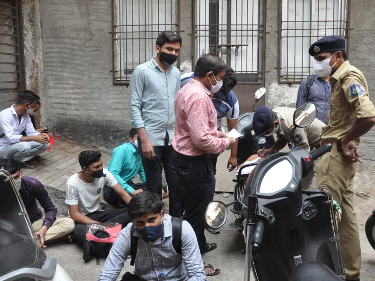 મહિધરપુરા હીરાબજારમાં માસ્ક વિનાના 60 વેપારી-કર્મીઓ દંડાયા સુરત,Surat - Divya Bhaskar