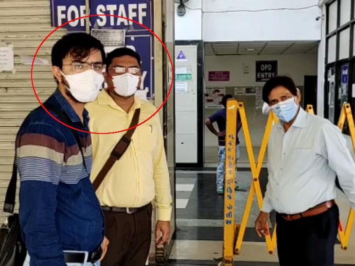 ઇન્જેક્શનનાં કાળાં બજાર કરનારા બે ડોક્ટરને જેલમાં મોકલવાની જગ્યાએ પંદર દિવસ સુધી કોવિડ હોસ્પિટલમાં સેવા કરવાની સજા ફટકારી|સુરત,Surat - Divya Bhaskar